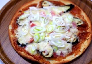 沖縄豚肉みそ和風ピザ