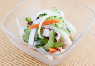タコとゴーヤーの簡単サラダ