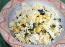 卵と野沢菜のシンプルチャーハン