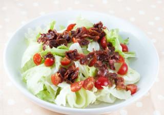 簡単カリカリベーコンのさっぱりサラダ