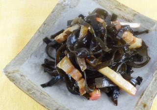 クーブイリチー(千切り昆布の炒め物)