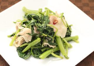ウンチェー(空芯菜)炒め
