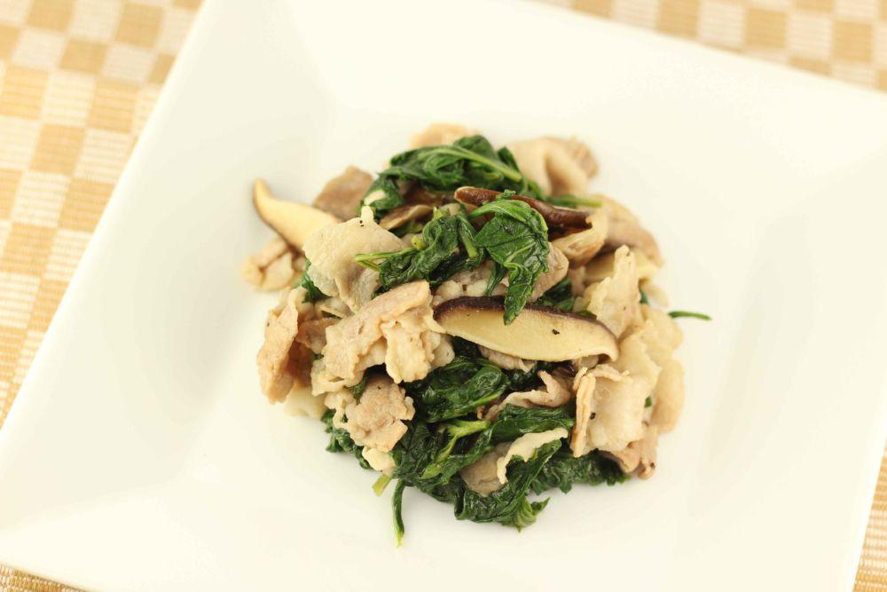 フーチバー(よもぎ)と豚肉炒め